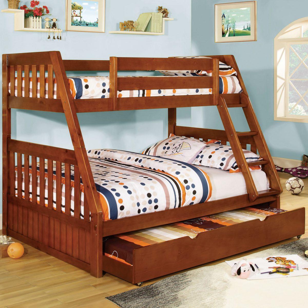 Tiện nghi hơn với mẫu giường 3 tầng gỗ cho bé