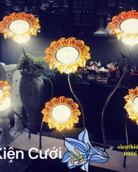 Đèn cây trang trí đám cưới hoa hướng dương