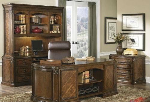 Thứ nhất bàn làm việc gỗ cổ điển được đề cao về chất lượng